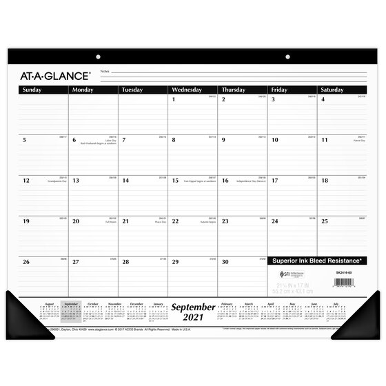 AT-A-GLANCE 2021-2022 Academic Monthly Desk Pad Calendar ...